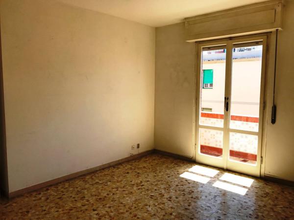 foto sala Bilocale via Molise, Livorno
