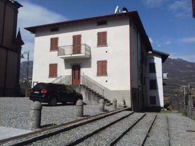 foto Appartamento Vendita Locatello