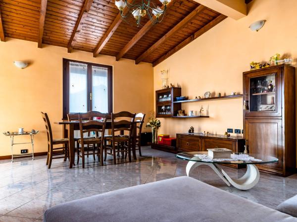 Vendita Appartamento Lovere. Quadrilocale in via Francesco ...