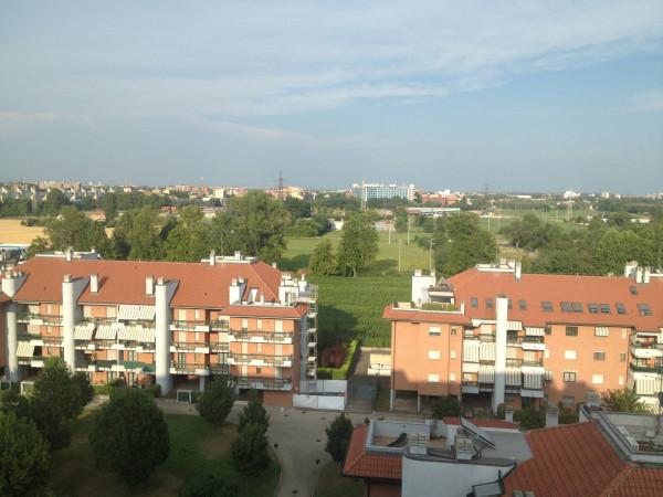 foto Vista Quadrilocale via Olgettina, Milano