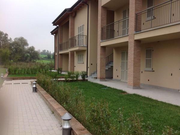 foto  Quadrilocale via Campi, Monguzzo