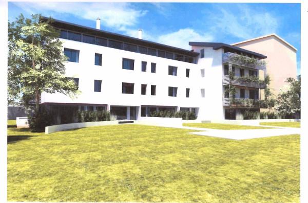 Vendita appartamento padova trilocale in prato della for Mercato prato della valle