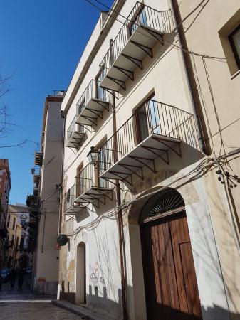 foto  Bilocale via Lungarini, Palermo