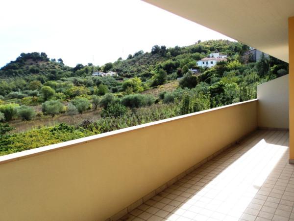 foto balcone2 Trilocale ottimo stato, primo piano, Pescara