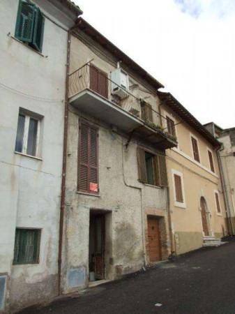 foto facciata Quadrilocale via Roma, Poggio San Lorenzo