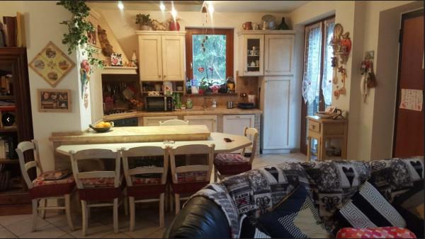foto Cucina Abitabile Quadrilocale ottimo stato, piano terra, Polverigi