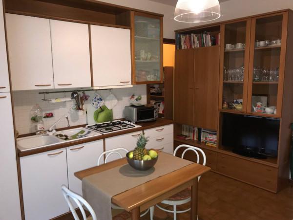 foto cucina Bilocale via Guglielmo Marconi 29, Quaregna