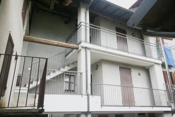 foto facciata Bilocale via Giardini 1, Rezzago