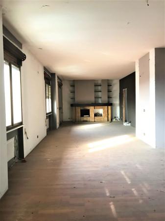 foto  Appartamento via Santo Stefano, Robbio