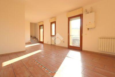 foto Appartamento Vendita Rodigo