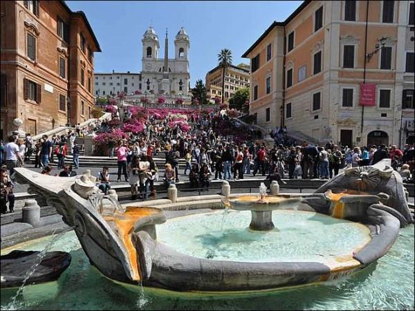 foto PIAZZA Spagna Appartamento piazza della Trinità dei Monti 319-375, Roma