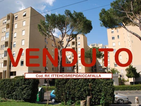 foto  Quadrilocale via Bova 1, Roma