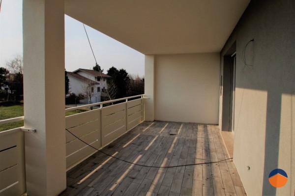 foto Terrazzo Appartamento nuovo, primo piano, San Giovanni Lupatoto