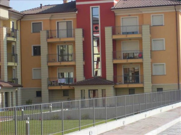foto  Bilocale nuovo, primo piano, San Vittore Olona