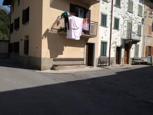 foto  Trilocale via Taleggio 24, Santa Brigida