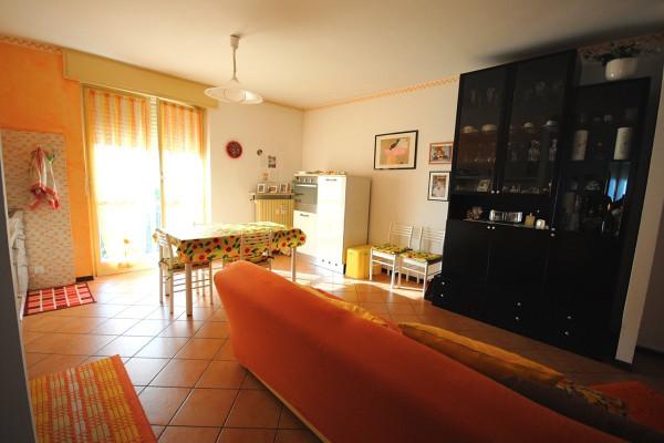 foto SOGGIORNO Quadrilocale via Arrigo Craveia 12, Tollegno