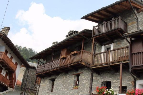 foto  Bilocale frazione Verney 83, Torgnon