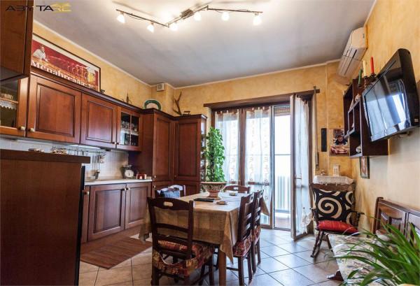 Vendita appartamento torino trilocale in via conte di for Planimetria dell appartamento in vendita