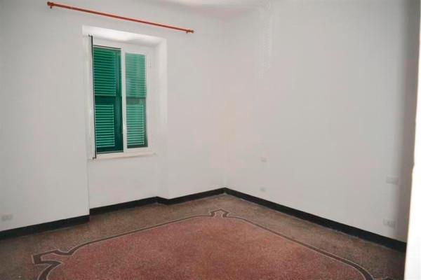 Vendita appartamento vado ligure trilocale in via - Non vado in bagno ...