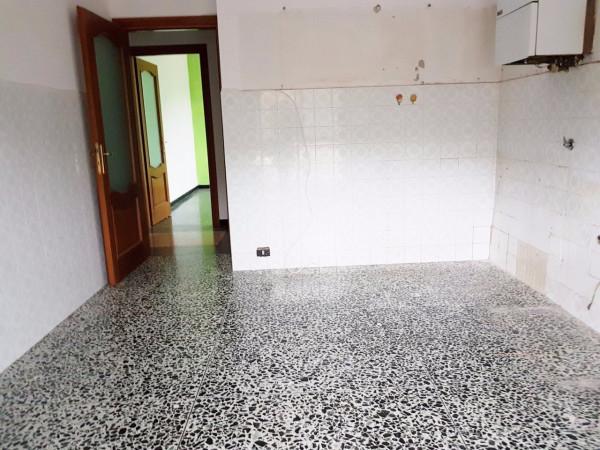 Vendita appartamento vado ligure trilocale in via gavotti - Non vado in bagno ...