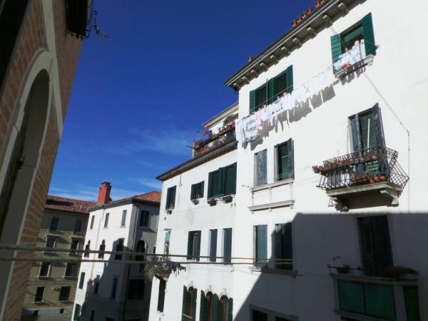 foto marta 2 Bilocale Calle dei Remurchianti, Venezia