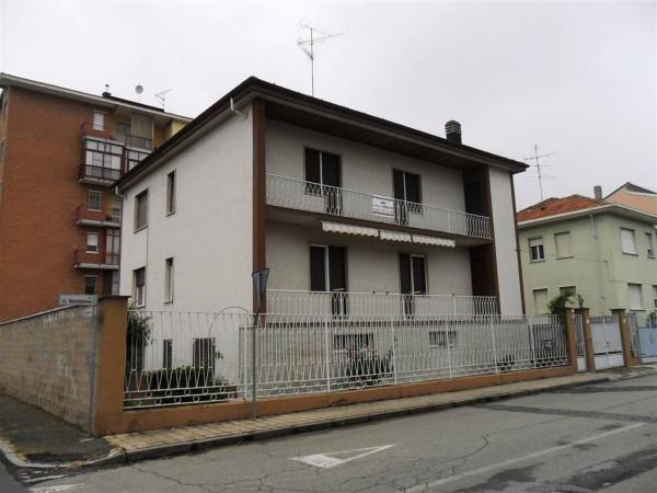 Appartamento in vendita a Vercelli, 5 locali, prezzo € 185.000 | CambioCasa.it