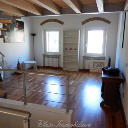 foto  Trilocale ottimo stato, primo piano, Verona