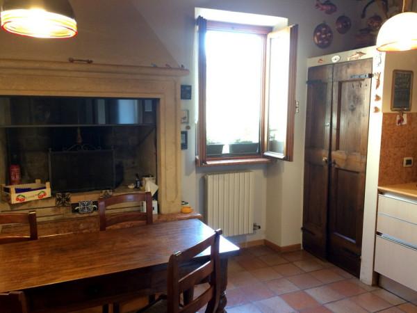 foto cucina Quadrilocale ottimo stato, primo piano, Verona