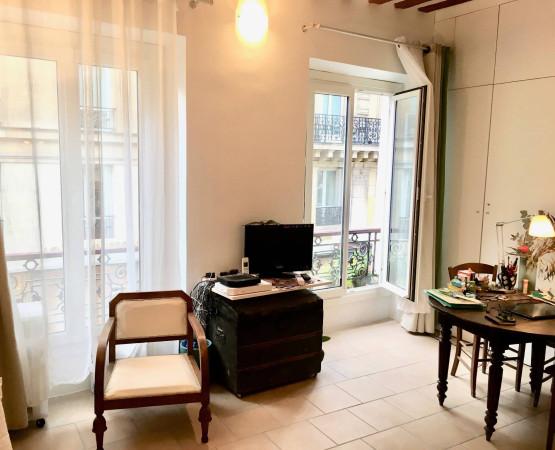Vendita Appartamento Parigi. Monolocale in Rue Saint-Benoît ...