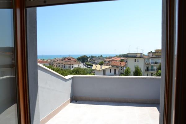 Vendita Attico / Mansarda Altidona. Terrazza, rif. 56034990