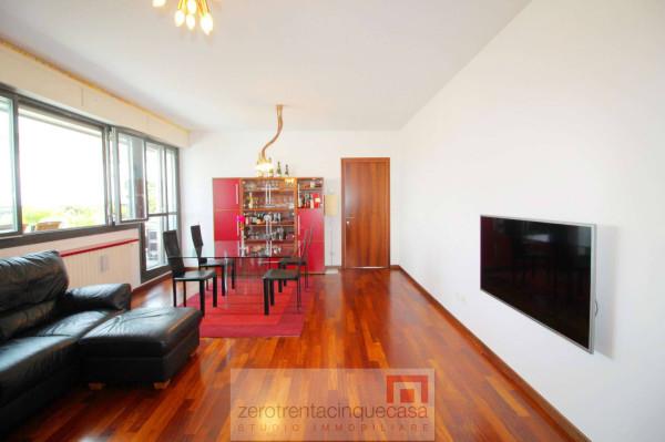 Vendita attico mansarda in via san bernardino 137 for Attico bergamo vendita