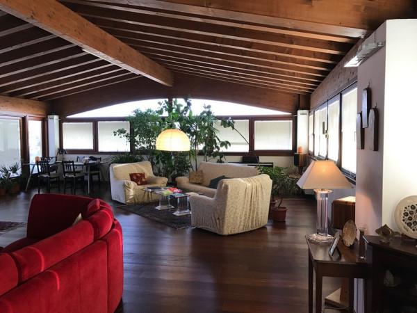 Vendita attico mansarda pordenone ottimo stato for 3 piani di garage per auto con stanza bonus