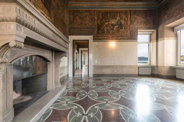 Vendita attico mansarda in via via flaminia 491 roma for Planimetria dell appartamento in vendita