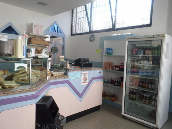 foto Banco vendita Alimentari in Vendita a Ferrara