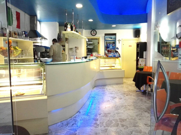 foto  Bar in Vendita a Lecce