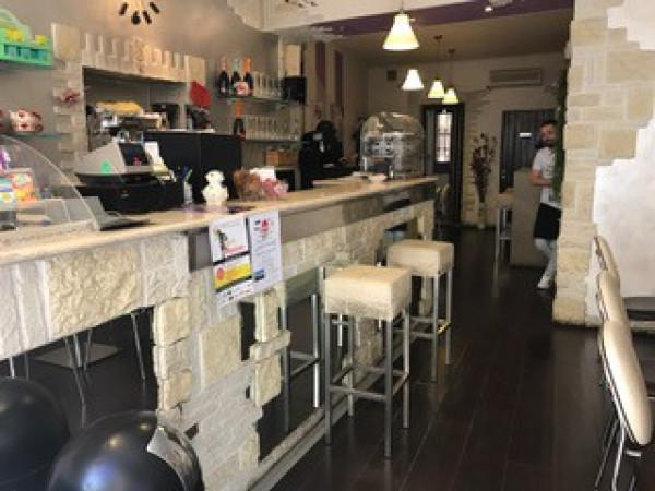 foto  Bar in Vendita a Lonato del Garda