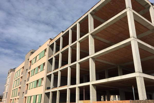 foto  Nuovi Appartamenti e Attici / Mansarde a Bologna
