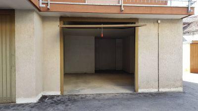 foto Box / Garage Affitto Busca