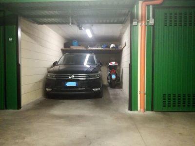 foto Box / Garage Vendita Roma