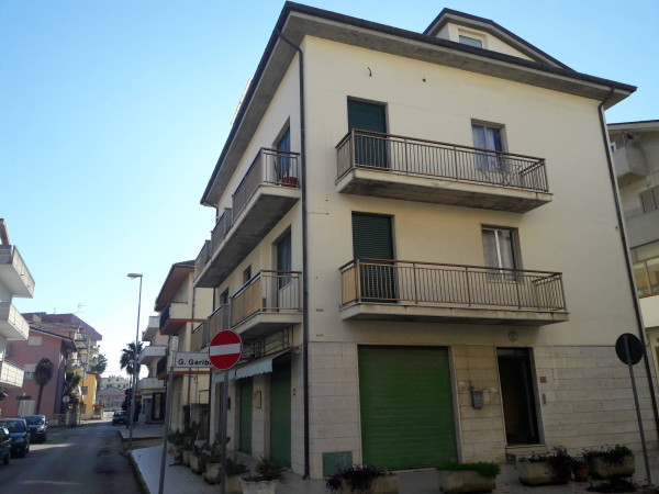 Vendita Casa indipendente in via Giuseppe Garibaldi Alba Adriatica ...