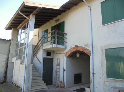 foto Casa indipendente Vendita Biandrate