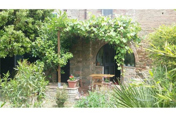 foto Esterno 1 Casa indipendente 104 mq, ottimo stato, Cortona