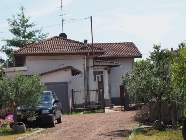 foto  Casa indipendente via Cesare Battisti 81, Cossato