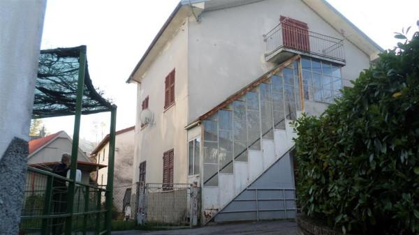 foto  Casa indipendente frazione Canale 61, Fontanigorda