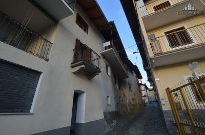 foto Casa indipendente Vendita Lugnacco
