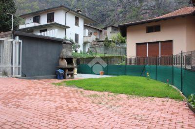 foto Casa indipendente Vendita Rogno