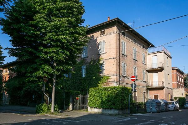 Vendita casa indipendente in viale roma 2 sassuolo da for Piani casa bungalow con cantina e garage