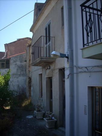 foto  Casa indipendente 160 mq, da ristrutturare, Scilla
