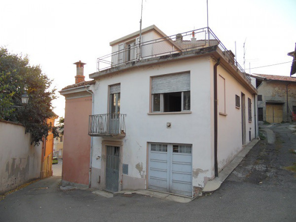 Altro in vendita a Vignale Monferrato, 4 locali, prezzo € 45.000 | CambioCasa.it