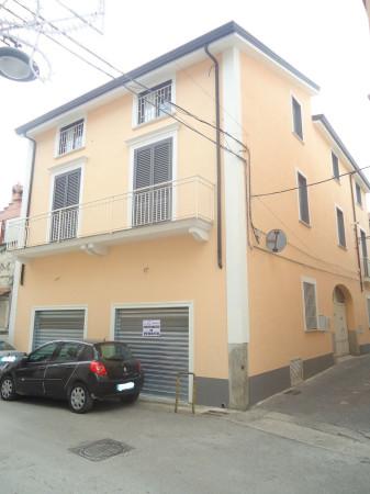 foto  Palazzo / Stabile via G  Rossi, Bellona